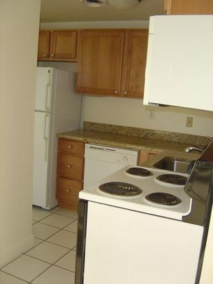 1626 N Prospect Ave APT 202, Milwaukee, WI 53202