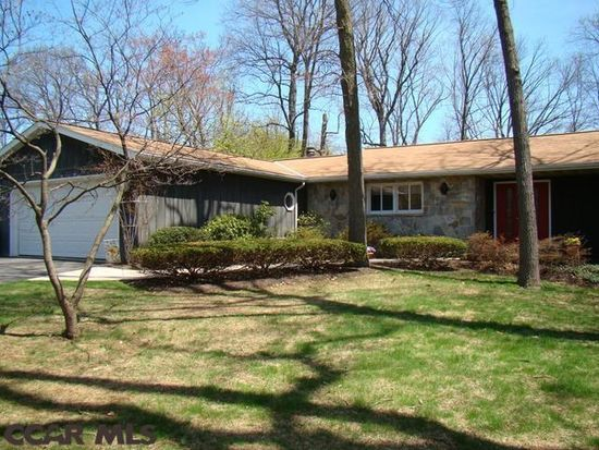 1622 Hawthorn Dr, State College, PA 16801