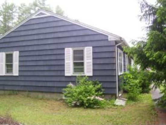 67 Crowhill Rd, Rochester, NH 03868