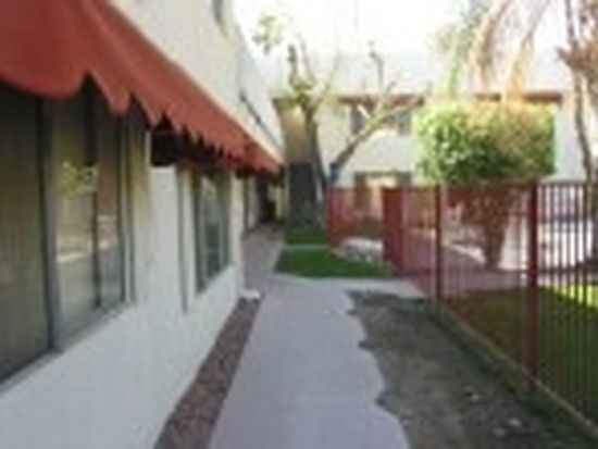 671 S Riverside Dr APT 9, Palm Springs, CA 92264