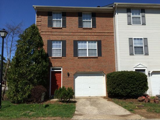 1137 Ashford Ln, Lexington, KY 40515