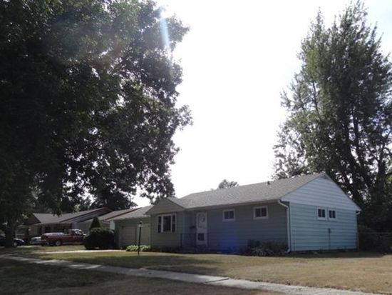 1423 Prairie St, Grinnell, IA 50112