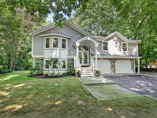 297 Bronson Rd, Southport, CT 06890