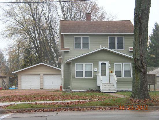 315 N Peach Ave, Marshfield, WI 54449