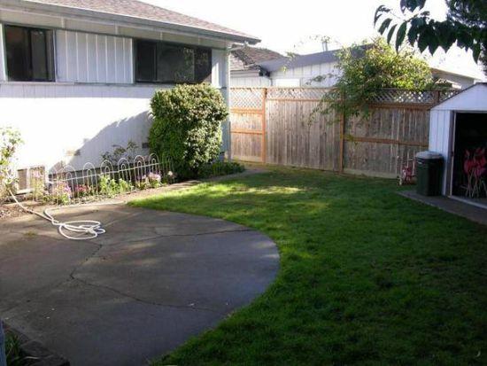 2029 S 2nd Ave, Fortuna, CA 95540