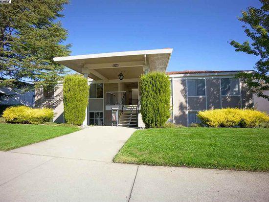 2740 Ptarmigan Dr APT 1, Walnut Creek, CA 94595