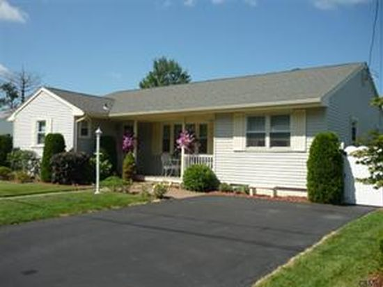 17 Brentwood Ave, Troy, NY 12180