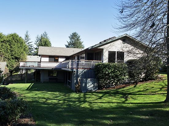 5842 Captain Vancouver Dr, Langley, WA 98260