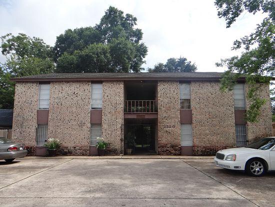 2220 Hazel St, Beaumont, TX 77701