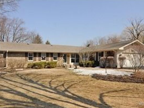 170 Cold Spring Rd, Barrington, IL 60010