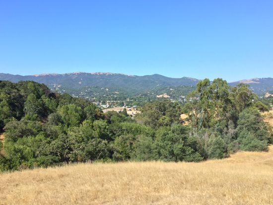 1 Oleander Ln, Novato, CA 94945