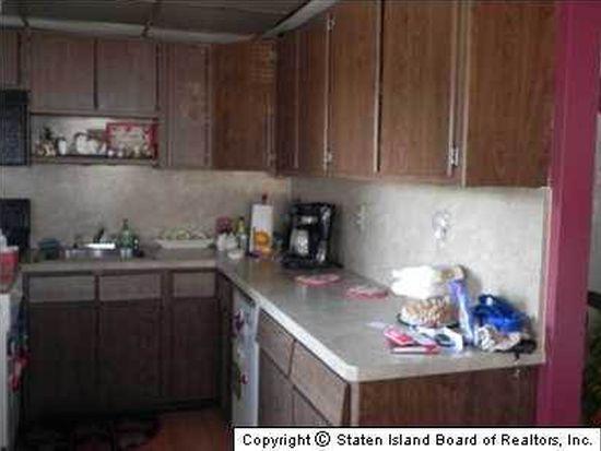 615 Huguenot Ave, Staten Island, NY 10312