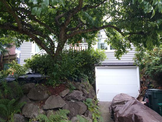 5647 Keystone Pl N, Seattle, WA 98103