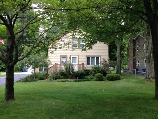 2045 Dodge Rd, East Amherst, NY 14051
