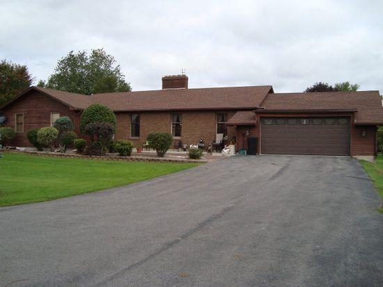 187 South St, Champlain, NY 12919