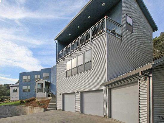 4367 Short Hill Rd, Oakland, CA 94605
