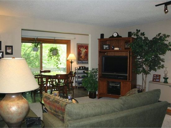 701 Dorset St APT 11, South Burlington, VT 05403