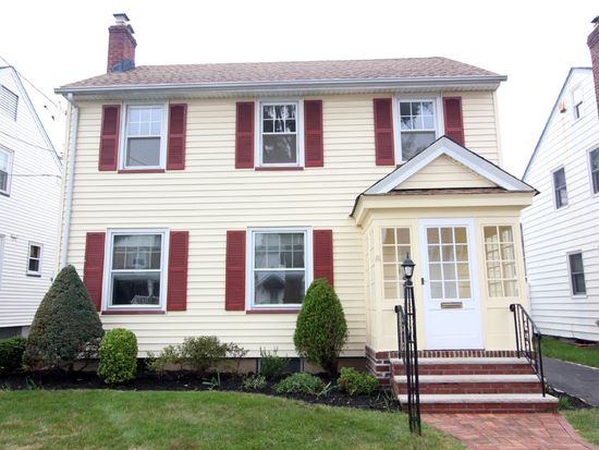 35 Collins Ave, Bloomfield, NJ 07003