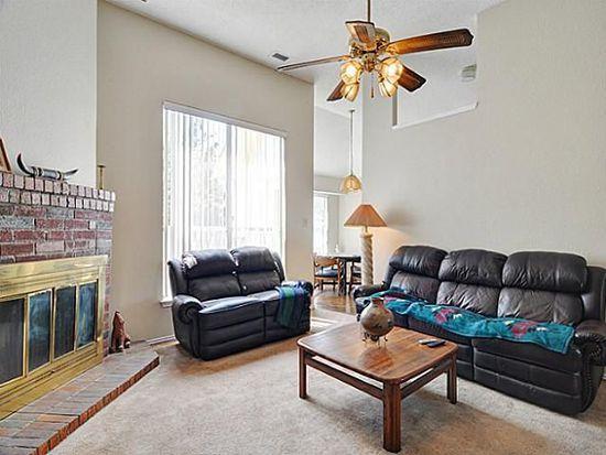 2817 Briar Hill Dr, Grand Prairie, TX 75052