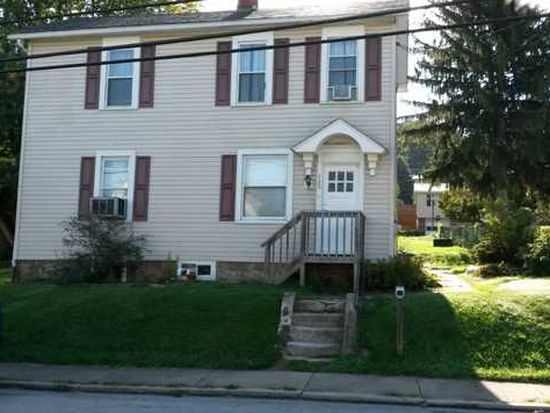 720 E 1st Ave, Derry, PA 15627
