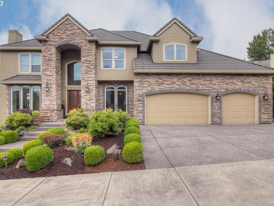 2330 Falcon Dr, West Linn, OR 97068