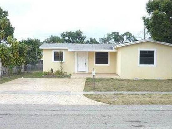 6421 Perry St, Hollywood, FL 33024