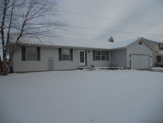 1326 Janet St, Sycamore, IL 60178