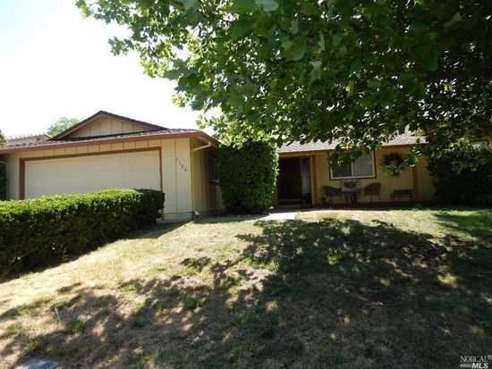 2188 Monterey Dr, Fairfield, CA 94534
