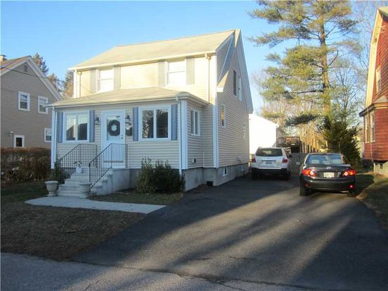 46 Dunbar Ave, Rumford, RI 02916