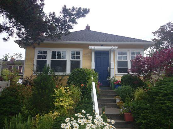 4514 SW Walker St, Seattle, WA 98116