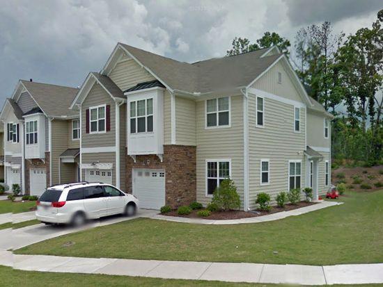 200 Suffolk Green Ln, Morrisville, NC 27560