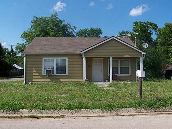 1601 E Scott St, Gainesville, TX 76240