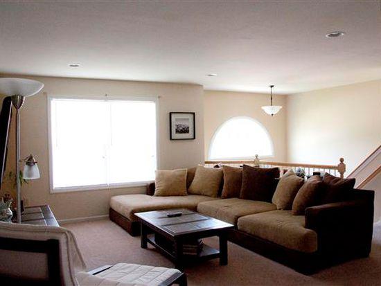 390 Riviera St, Mount Wolf, PA 17347