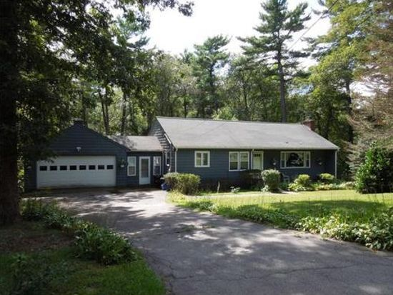 17 Gould Rd, Andover, MA 01810