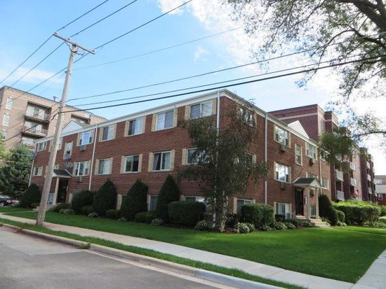 475 Laurel Ave APT B, Des Plaines, IL 60016