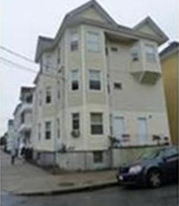 4 Welcome St APT 2, New Bedford, MA 02744