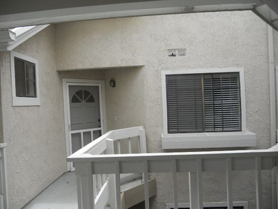 4682 Warner Ave APT C205, Huntington Beach, CA 92649