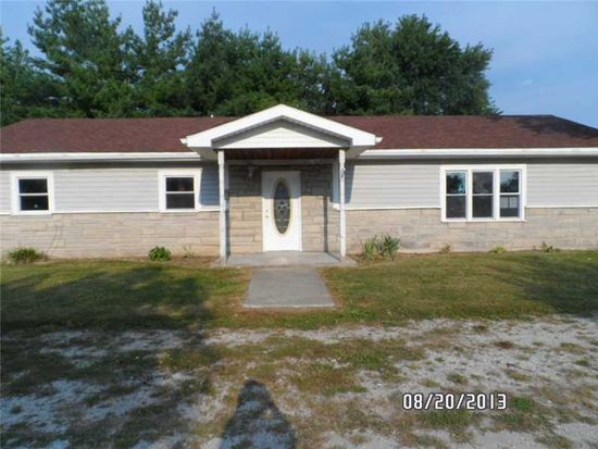 321 S 23rd St, Elwood, IN 46036