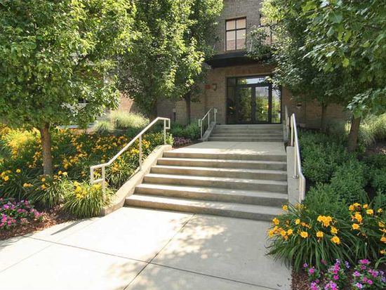 8555 One West Dr APT 203, Indianapolis, IN 46260