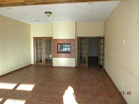 6907 Roble Blanco Rd SW, Albuquerque, NM 87105