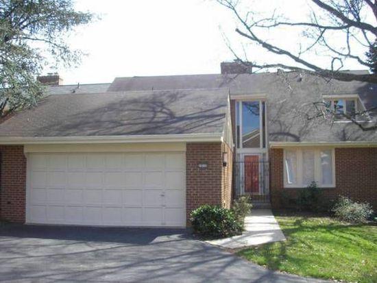 2830 Oakton Manor Ct, Oakton, VA 22124