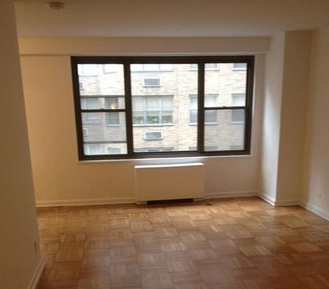 35 E 38th St APT 1A, New York, NY 10016