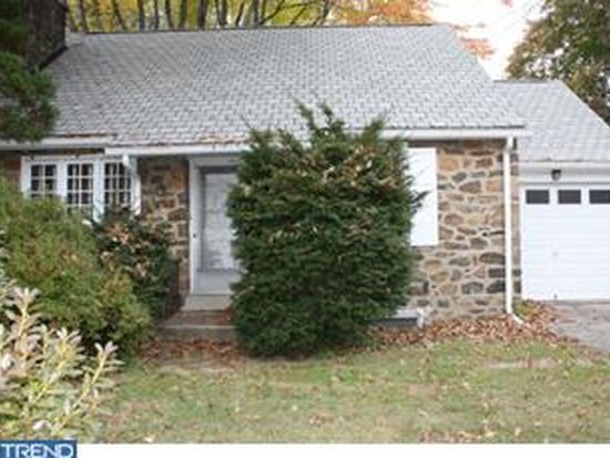 327 S Trooper Rd, Norristown, PA 19403