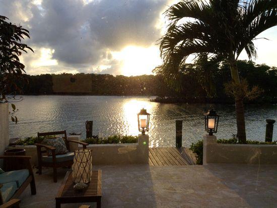 457 Poinciana Island Dr, Sunny Isles Beach, FL 33160