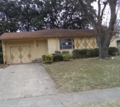 12102 Hoblitzelle Dr, Dallas, TX 75243