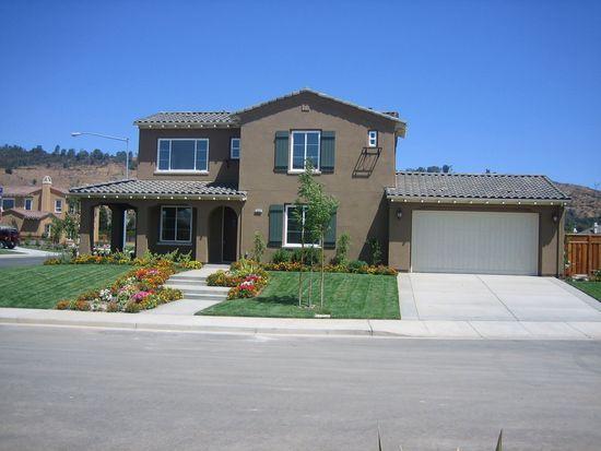 18501 Altimira Cir, Morgan Hill, CA 95037