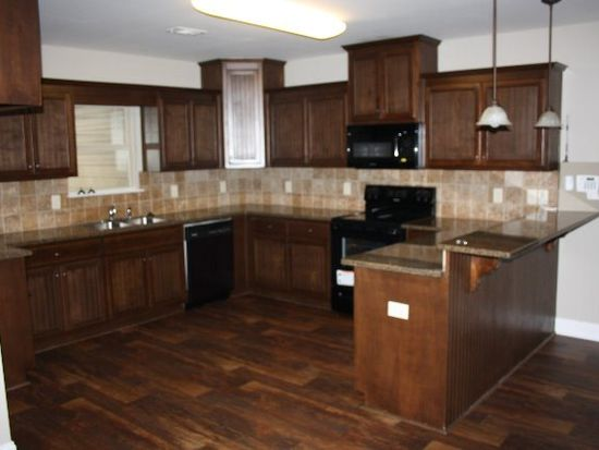 7 Woodchase Ct, Phenix City, AL 36870