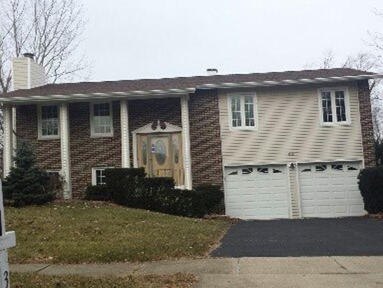 3750 N Alder Dr, Hoffman Estates, IL 60192