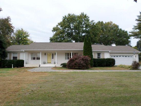 905 Prestwould Dr, Clarksville, VA 23927