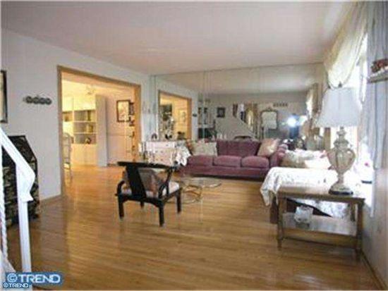 3747 Levy Ln, Huntingdon Valley, PA 19006